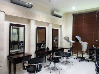 Martha Tilaar Salon and Day Spa knows that each person put a big priority into health - beauty, and it's not enough to just buy a beauty products, it should be delivered also in the form of services.