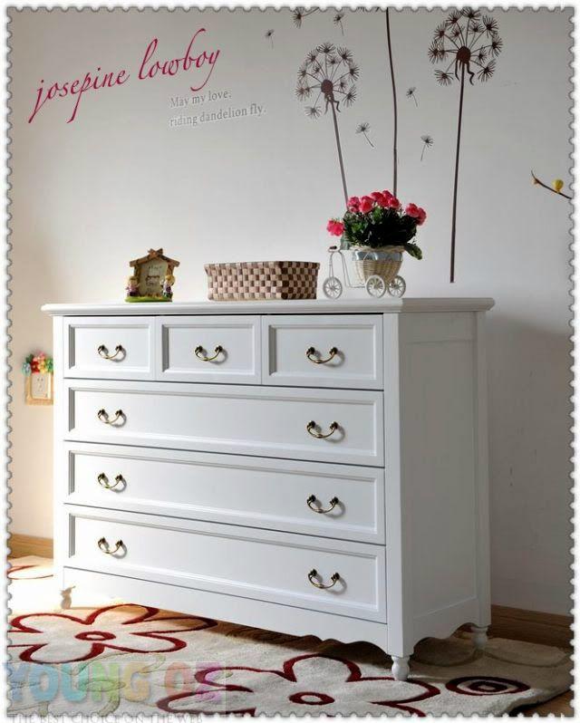 Best New Youngoz Josephine Semi Gloss White Lowboy 6 Chest Of 400 x 300