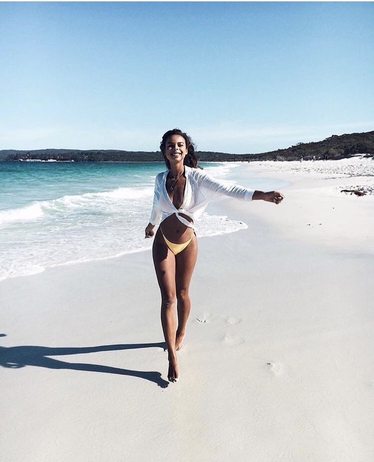 pinterest: chandlerjocleve instagram: chandlercleveland   – Goddesses in Bikinis – Beach, Body and Hairstyle Inspirations