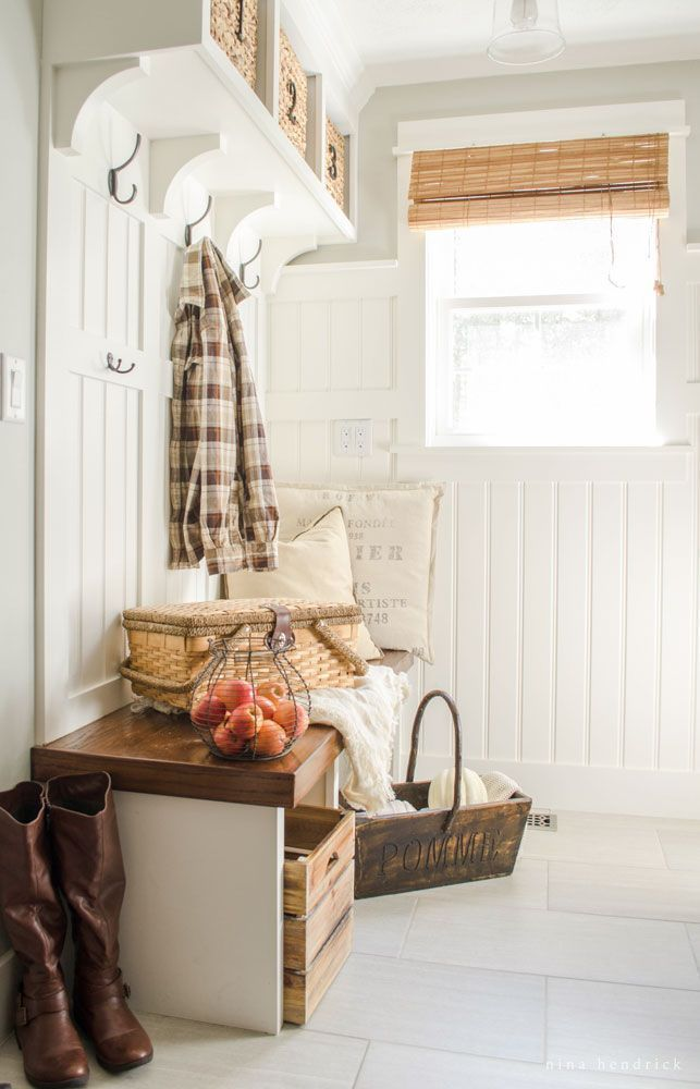 Farmhouse Mudroom- Modern Farmhouse Home Tour | Nina Hendrick Design Co. | Follow along as a 1980s colonial fixer upper gets a complete DIY makeover and is renovated to reflect modern farmhouse charm. #farmhouse #farmhousedecor #modernfarmhouse #entryway