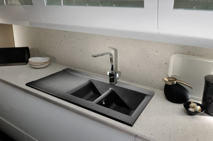 The stylish Aspekt sink series offers an ultra modern solution to granite inset sinks, with smooth clean lines and soft radiuses. The Aspekt 1.5 bowl and drainer model is an ideal option for the most demanding of kitchens.