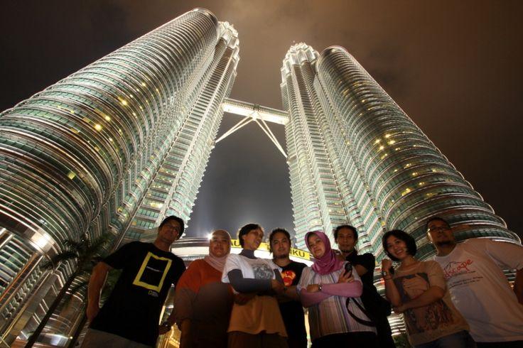 cuman mampir, bukan tujuan utama...hihihihi... Twin tower Petronas