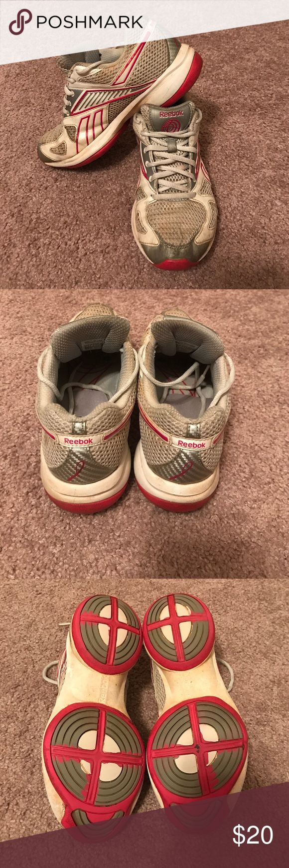 Reebok shape-ups Reebok shape-ups. Size 6.5! In used condition but still in great shape. Reebok Shoes Athletic Shoes