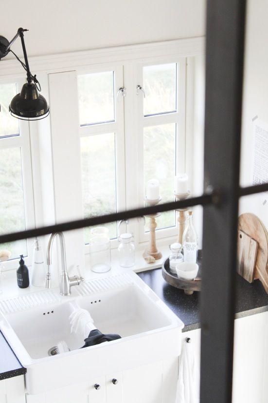 Kitchen / kjøkken / hytta