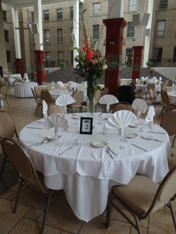 table setup with fan fold napkin at st charles