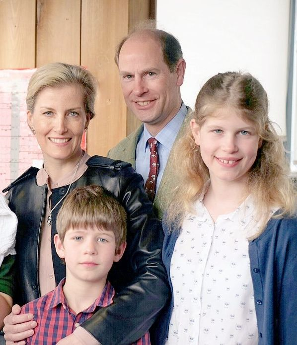 The Earl and Countess of Wessex & their children. Photo