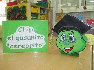 Hoy os presento a Chip, el cerebrito de las matemáticas. Le encanta resolver sumas y restas y hasta ha conseguido graduarse con honor...