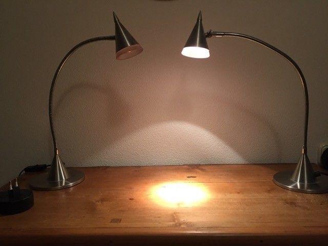 2 bureau of tafel-lampjes aangeboden in Lampen/ Verlichting en Huis & Inrichting op Koopplein.nl Langedijk, de gratis marktplaats