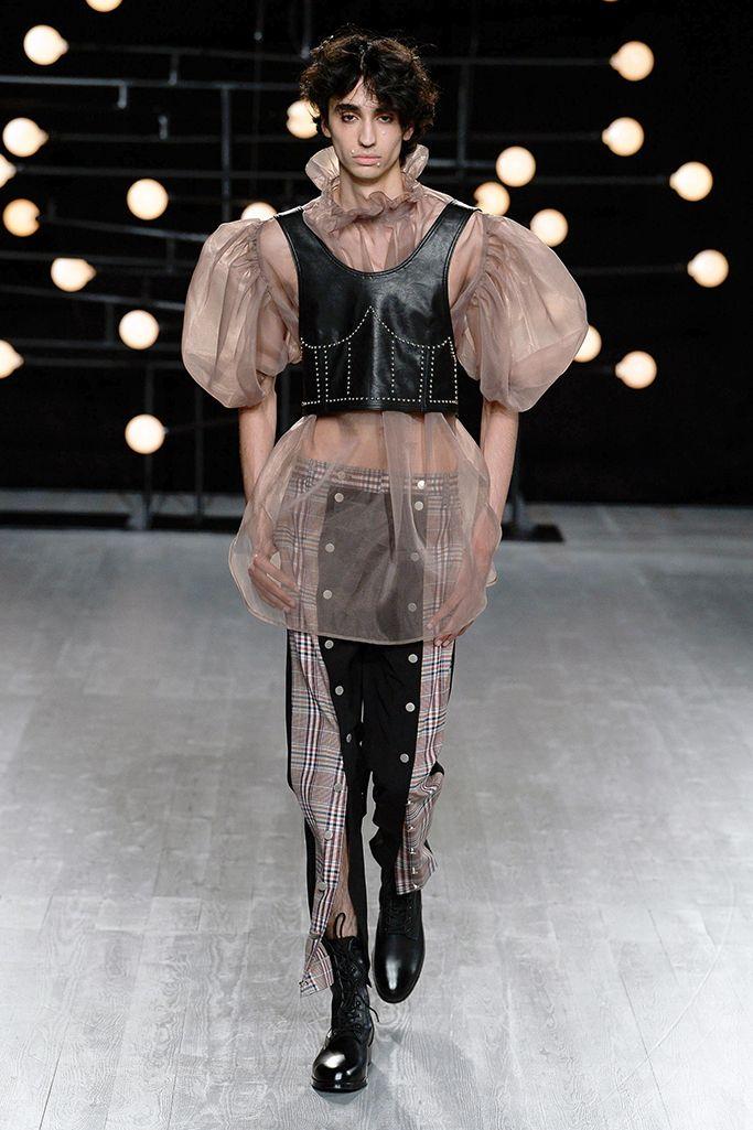 Gender Bender Exploring The Cultural Shift Towards Gender Fluidity Global Fashion News Androgynous Fashion Unisex Fashion Genderless Fashion
