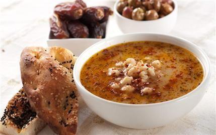 Pulbiberli Nohutlu Buğday Çorbası
