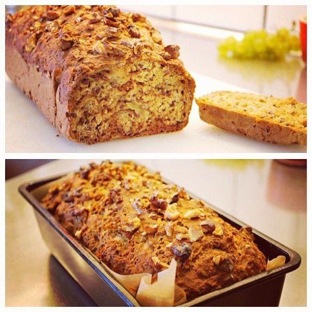 Hittade ett nytt recept på ett nyttigt bröd, så jag provade. Fy sjutton vad gott det var! Nya favoriten helt klart #Padgram
