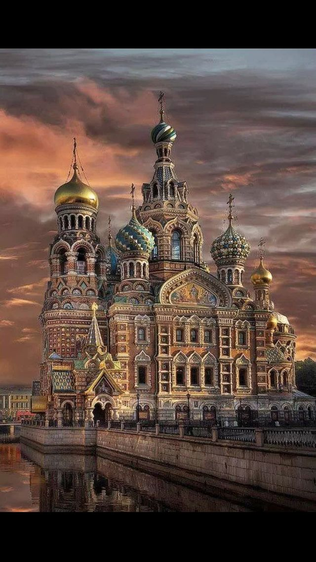 St Petersburg, Russia would love to visit this place #beautiful #exotic - Double click on the photo to get or sell a travel itinerary to #Russia