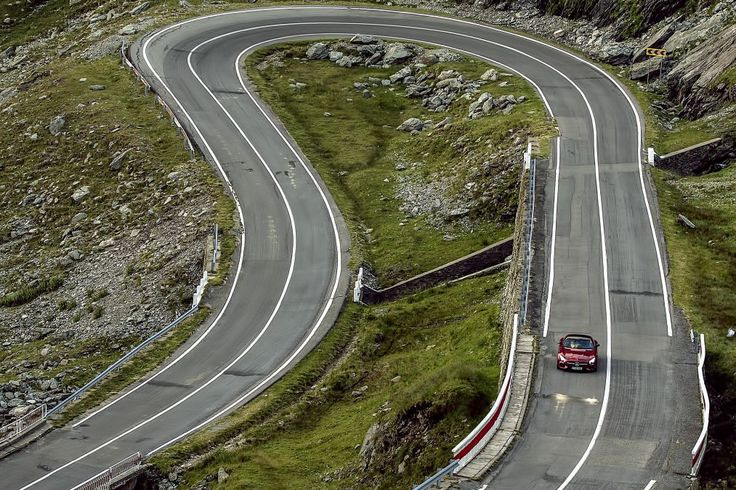 Mercedes-AMG GT S REVIEW – 600 km, full throttle on the Transfagarasan - MercedesBlog