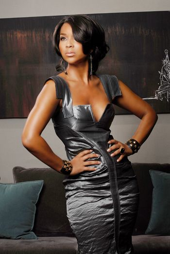 Stunning LisaRaye McCoy, she is so Regal, Sexy, Bad Ass and Classy. As A woman I want to TRUELY fill like this one day!