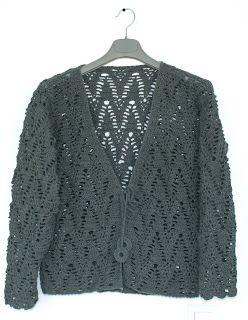 Moje pasje ...: Ażurowy sweterek nareszcie skończony