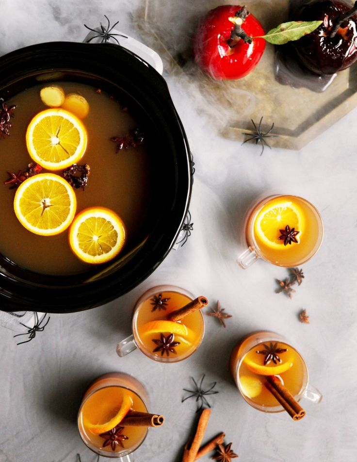 Slow Cooker Spiked Mulled Cider Recipe. There's nothing like a warm drink during the weeks of cold weather ahead! This cozy cocktail is great for Halloween, Thanksgiving, or Christmas, and it's SO EASY to make in your crockpot! You'll need fresh apple cider, fragrant spices, and of course, the nice body-warming effects of bourbon, brandy, or dark rum.