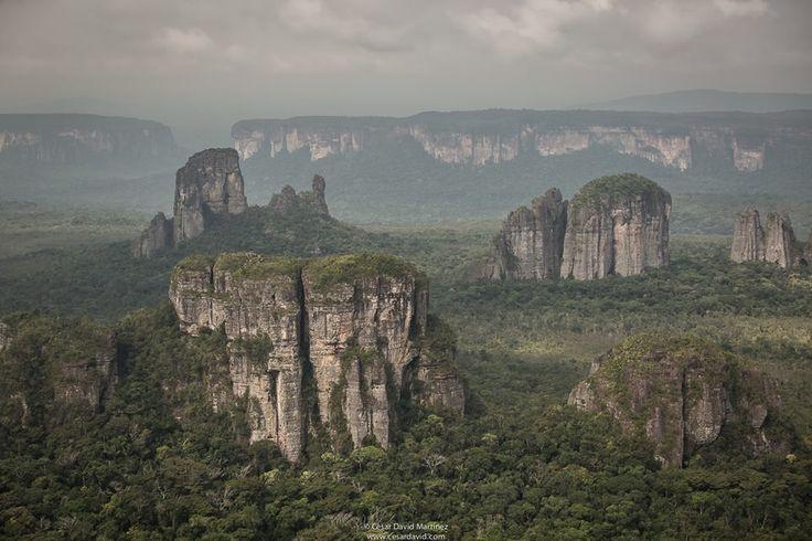 Los Tepuyes _ Serranía del Chiribiquete - Colombia