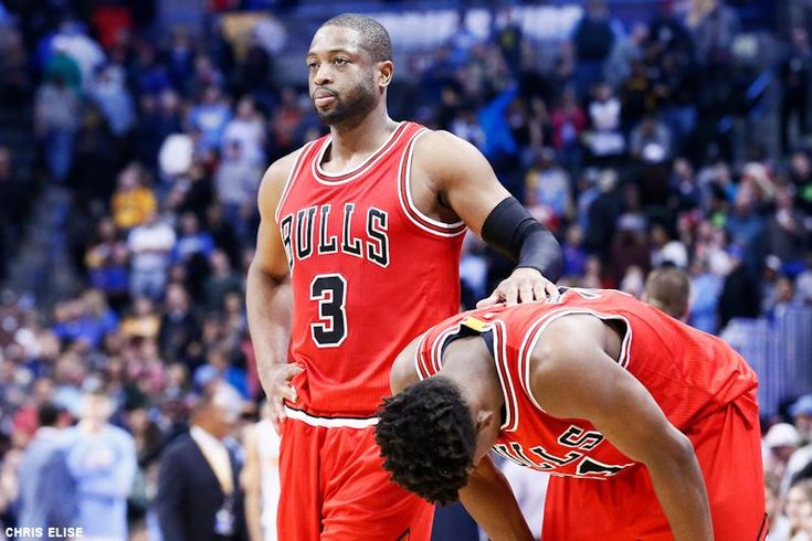 Dwyane Wade prudent face aux problèmes des Bulls | Basket USA