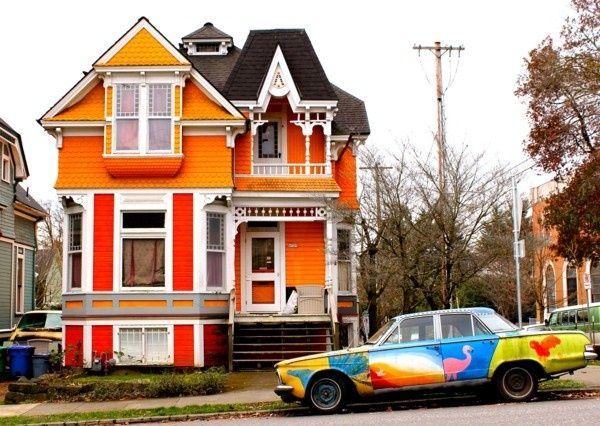couleur de femme au foyer drôle de maison en blanc orange et rouge