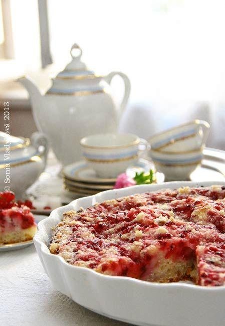 Unavená vařečka: Jogurtový koláč s ovocem