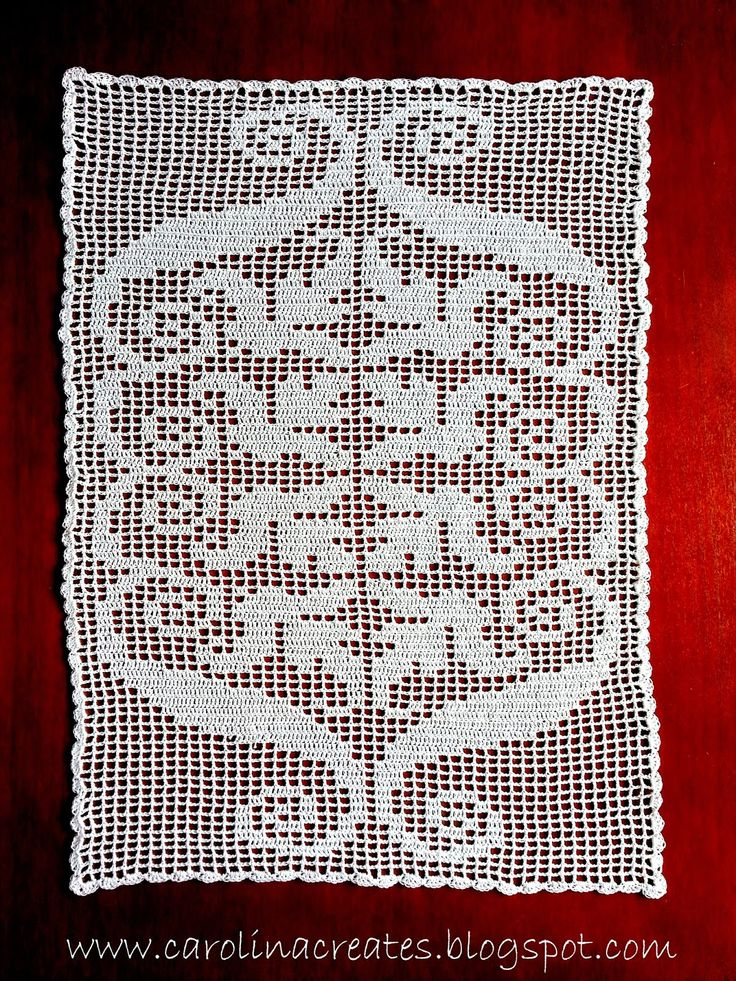 "Carolina Creates Fillet Lilly, pattern from ""Szydełkowanie"" nr 2/2013, model nr 2"