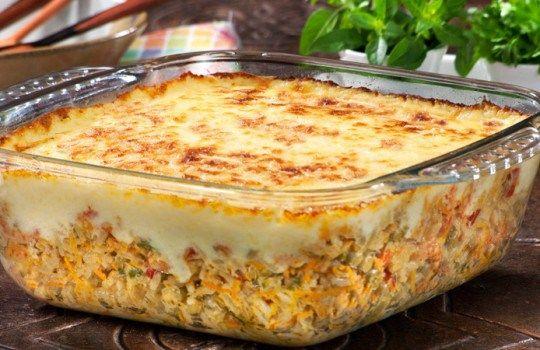 1 copo de arroz 1 lata de seleta de legumes 100 g de queijo mussarela. 100 g de presunto 1 colher se café de tempero pronto Comentários comments