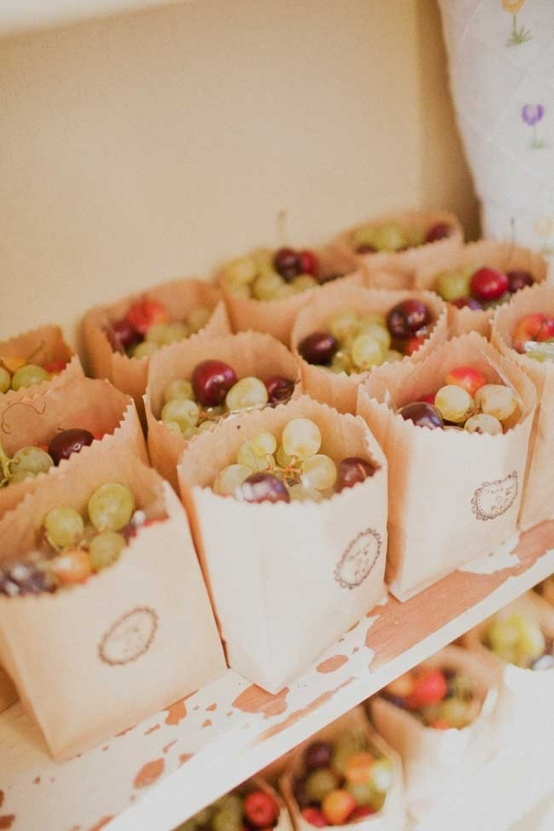 grapes in bags // australian countryside wedding via ruffled