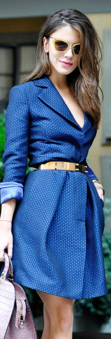Belted coat + sunnies. --> What a great colour and that belt certainly makes the silhouette awesome.