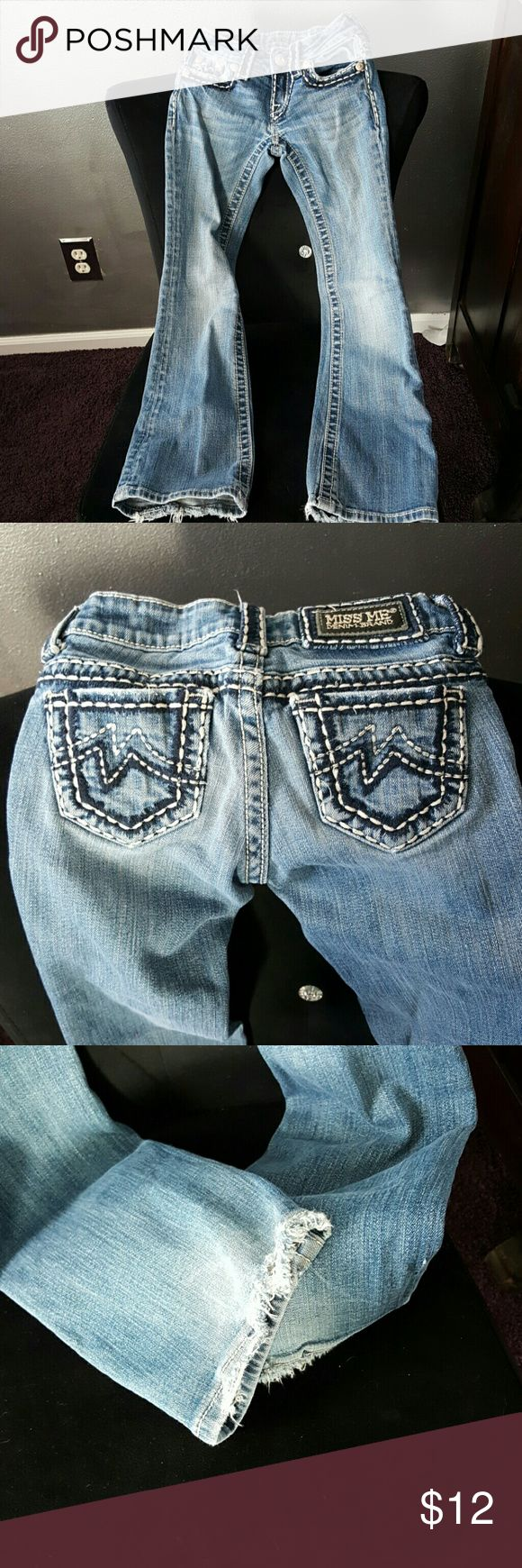 little girls Miss Me jeans size 7. have some wear The hem has the grunge look. Miss Me Bottoms Jeans