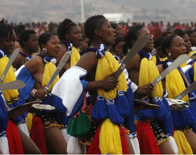Swazi virgins think their king is hot stuff