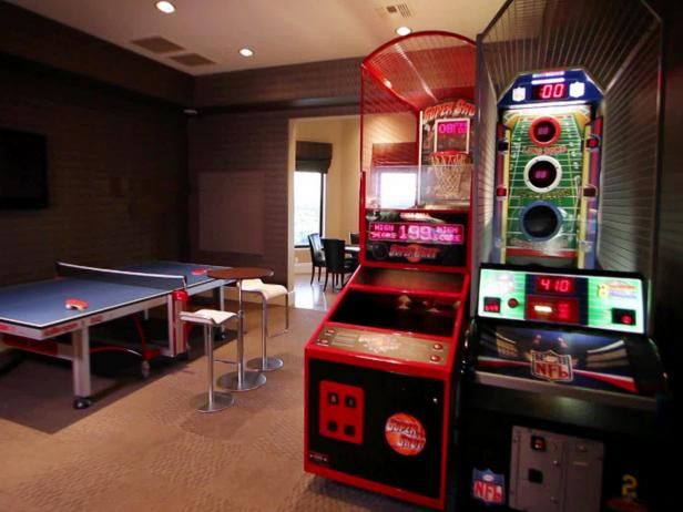 17 best ideas about teen game rooms on pinterest game for Cool gamer bedroom ideas