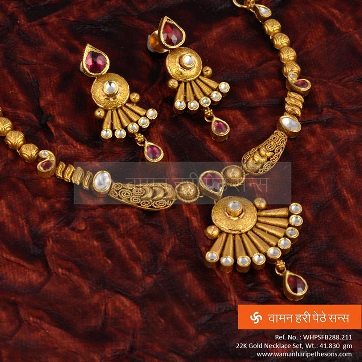 #Traditional #designer #gold #necklaceset for the #amazing #brilliant #look.