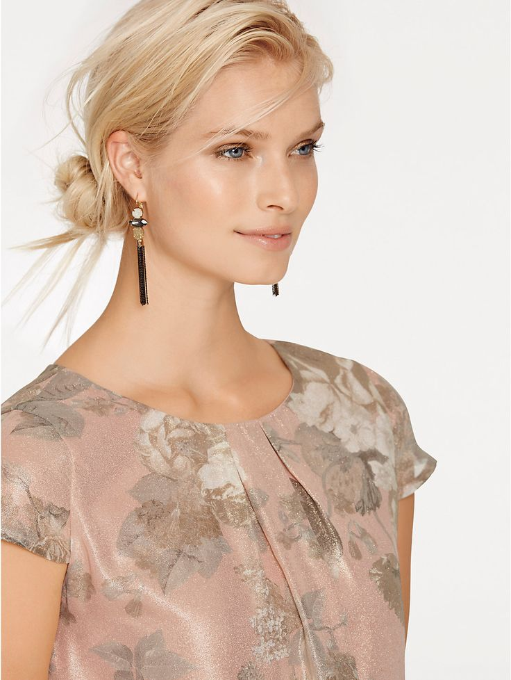 rose poudr chic une robe parfaite pour un mariage. Black Bedroom Furniture Sets. Home Design Ideas