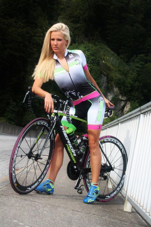Best 57 Sexy Cycling Shots Images On Pinterest  Girls On -7851
