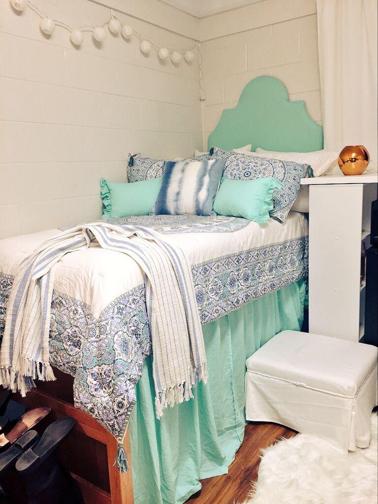 UNC Wilmington college dorm -Cassie Richardson
