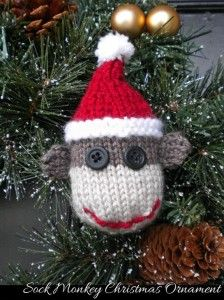 Christmas Decoration Patterns: http://knitting.myfavoritecraft.org/christmas-knitting-patterns/christmas-decoration-patterns/
