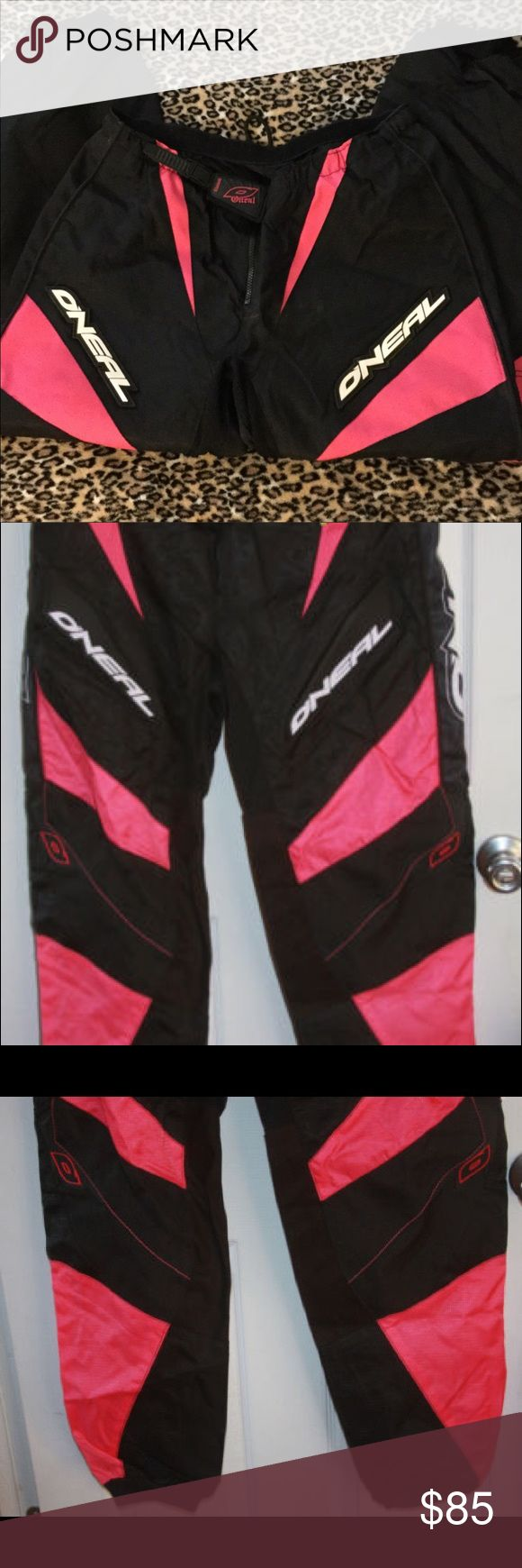 💗🔥O Neal FIRE Motorcycle Riding Pants 😭💗🤤🔥 Well I didn't want to sell these but I need the money. I received these from a trade but the other seller did not send me my items so I just want to sell this lol. These riding pants are ABSOLUTELY stunner and a must have for any fashionita's wardobe...riding pants and motorcycle clothes are SO in right now, ON TREND. these r beyond fire bb 🔥💗 Literally so cute, pair it with a bralette and boots SO cute wtf. Pink n black RARE trill a$$…