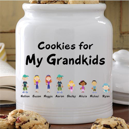 Do you have fond memories of baking cookies with your grandmother – or at least of gobbling down her home-made treats? Then this delightful personalized cookie jar is a gift that's sure to be a winner!