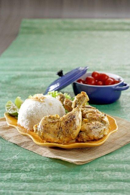Mari kita sajikan ayam bakar aroma jeruk untuk santap siang/malam.