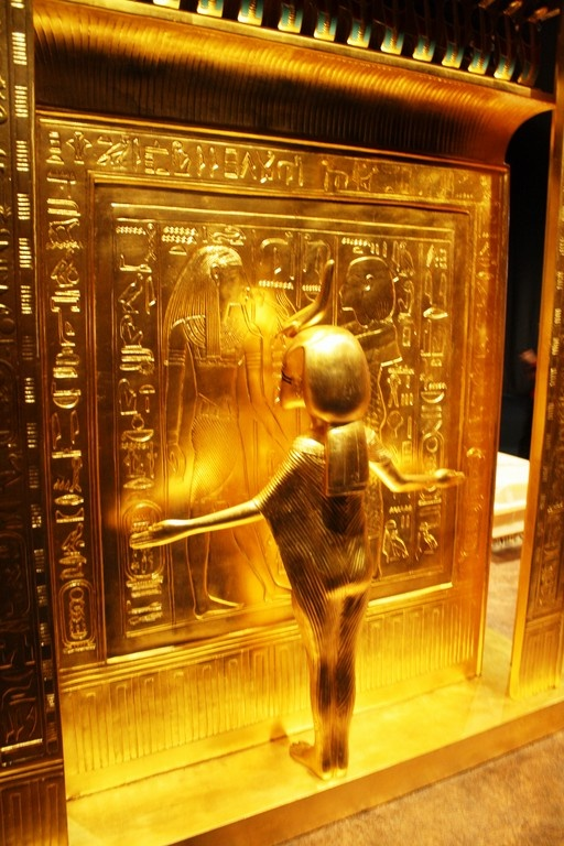 Tutankhamun's tomb unveiled in Cape Town | yazkam |King Tut And His Treasures