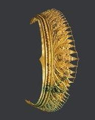Indonesia ~ Java | Diadem; gold | Period: 1000 - 1400