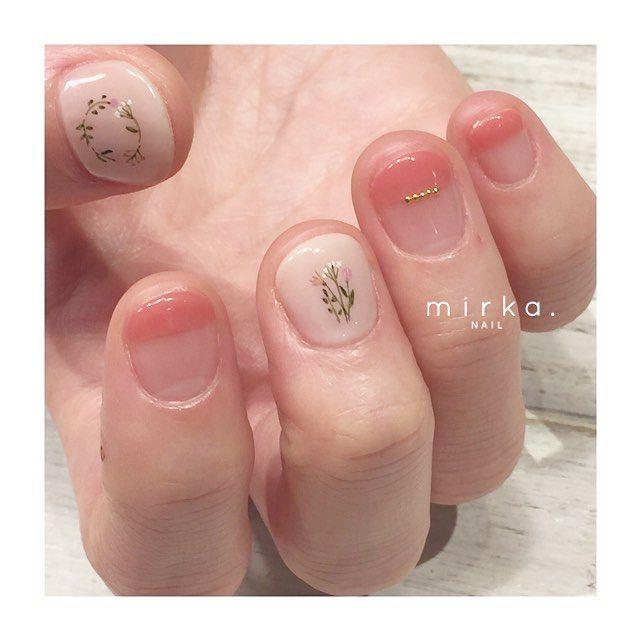肌なじみのいいピンク◯ . 上品でシンプルな定番デザイン♡ . . #mirkanail#nail#nails#nailart#ショートネイル#ネイル#ネイルデザイン#ネイルアート#森下#清澄白河