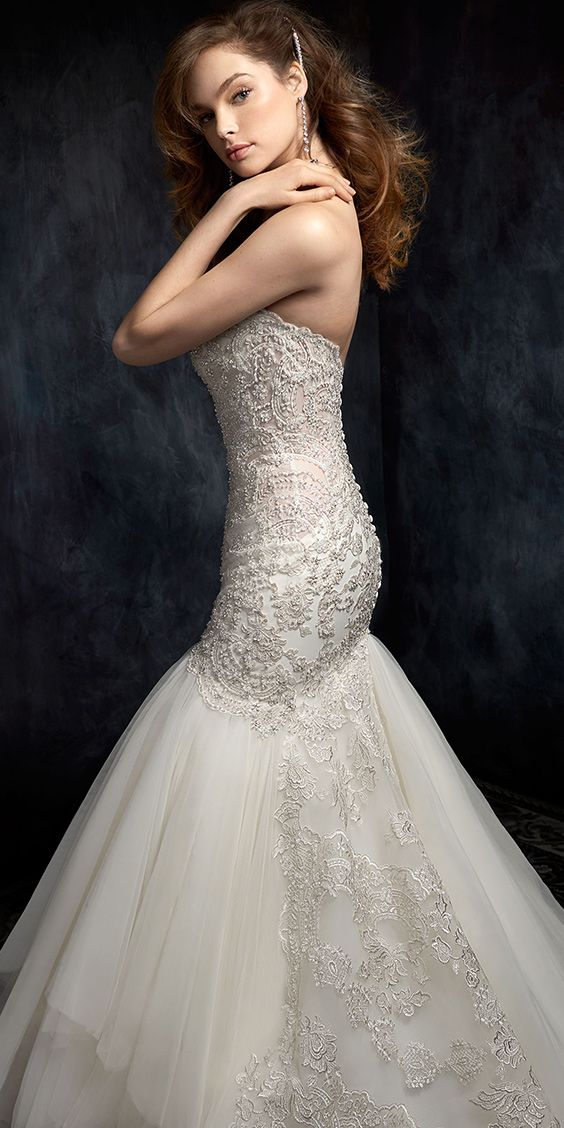 Kenneth Winston Style 1747 | trumpet style lace wedding dress with sweetheart neckline and textured skirt | luxurious bridal gown #weddingdress #bridalgown