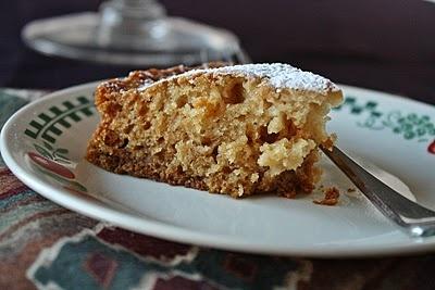 Versatile Vegetarian Kitchen: Vegan Vanilla Cake