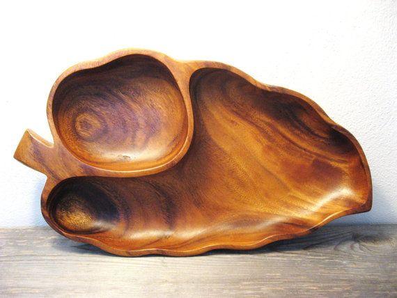 Beautiful!! Mid Century Wood Bowl  Monkey Pod  Vintage Wood by ZenDenVintage, $26.00