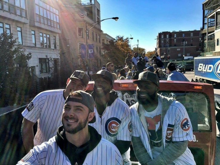 Cubs Selfie: Anthony Rizzo, Kris Bryant, Dexter Fowler, Jason Heyward in 2016 World Series Champions Parade and Rally