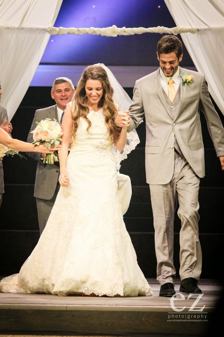 Jill duggar wedding date in Sydney