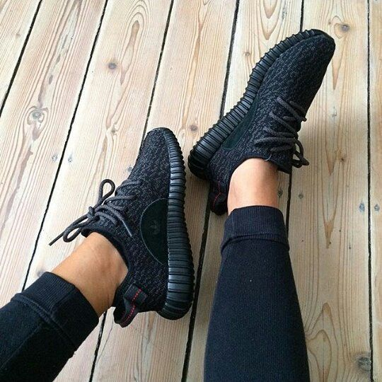 all black yeezy.. NEED THESE!!