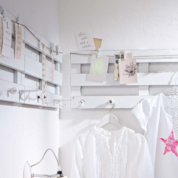 Hakenleiste in weiß. #impressionen #decoration