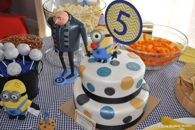 Minion-Themed Birthday Party - #kidsparty #descpicableme #minionMinions Them Birthday, Birthday Parties, Noah Minions, Minions Rush, Parties Cake, Projects Nurseries, Parties Ideas, Party Cakes, Birthday Ideas